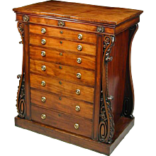 Regency Period Carved Mahogany Collectors Chest of Drawers. Possibly by Gillows. (c. 1810 English)