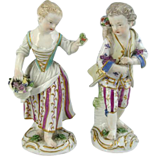 Pair of Meissen Figures of Flower Sellers (c. 1760 Germany)