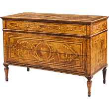 18th Century North Italian Chest of Drawers