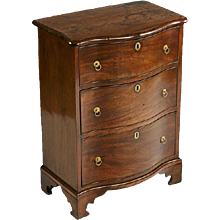 An Irish Serpentine Chest of Drawers