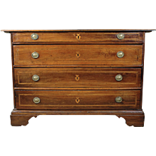 Continental Commode