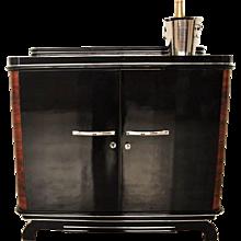 1920s Art Deco Walnut Commode