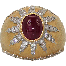 Buccellati 18K Textured Brushed Yellow Gold Ring with Ruby Cabochon 4 carats