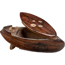 An unusual 19th Century rosewood snuff box in the form of a boat