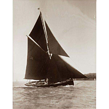 Early silver gelatin photographic print by Beken of Cowes - Yacht Zoraida off Cowes