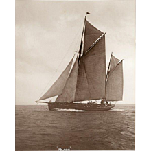 Early silver gelatin photographic print by Beken of Cowes - Yacht Polaris
