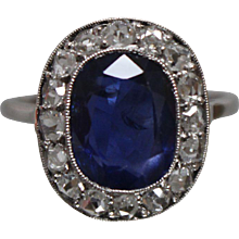 .900 - 3.68 CT -Early 20th Century Blue Sapphire & Diamond Ring in Platinum