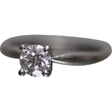 14k - 0.71 CTW - Round Brilliant Diamond Engagement Ring with Platinum Head in White Gold