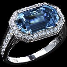 Art Deco Aquamarine ring set East-West