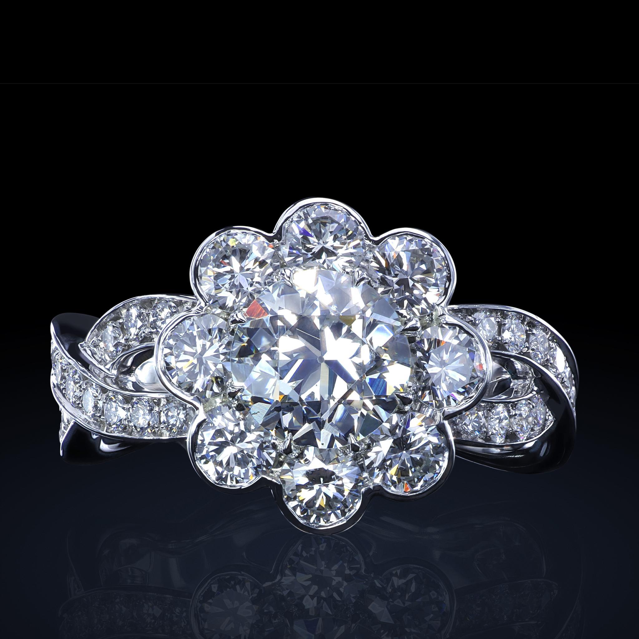 """Exclusive Platinum: 1.07 Carat GIA Certified Diamond In Exclusive """"Fiore"""