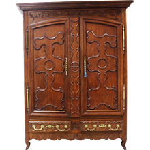 18th Century Antique French Oak armoire.                         Louis XV period.