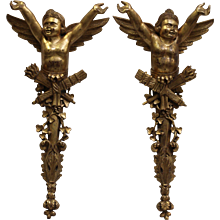 19th Century French Antique Pair of gilded wood Cherubs