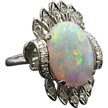 Fabulous Vintage 8.5ct Opal Ring With Diamonds